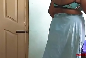 desi Indian  tamil aunty telugu aunty kannada aunty  malayalam aunty Kerala aunty hindi bhabhi frying pettifoggery wife vanitha wearing saree showing beamy special and shaved pussy Aunty Changing Threads timepiece party and Making Video