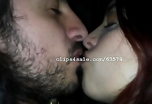Daniel plus Daniela Giving a kiss Video 2