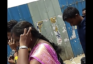 desi south indian juvenile milf sexy hip &amp_ boob show 1