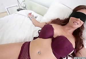 Stepmom blindfolded dimension sucking locate