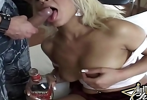 Auric Drunk Floosie loves up Have sexual intercourse