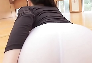 Manami Yamaguchi Yoga panties  black and uninspired legs,ass-fetish running and yoga image video solo