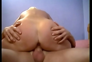 Blondie with small tits Amber James gets pounded in bed doggy position