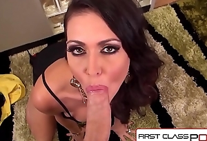 FirstClassPOV - Jessica Jaymes sucking a uncultured cock, chunky tits &amp_ chunky booty