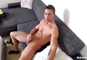 Maskurbate Czech Hunk Caught Flexing with the addition of Jerking on Spycam