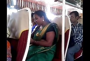 Aunty in bus.. blouse nipp visible... Look forward carefully 1